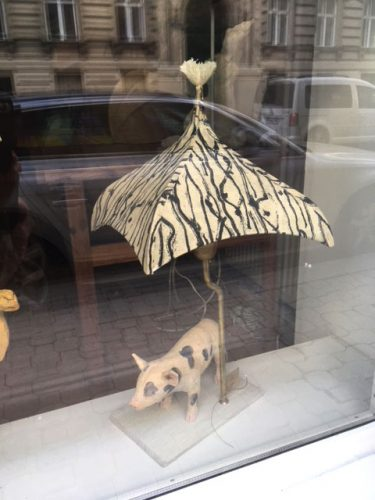 lorirosenberg pig with spots